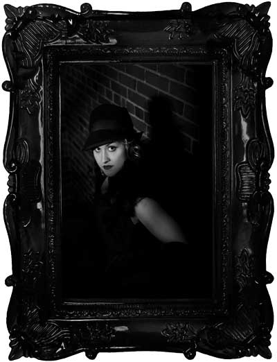 Dark-Ornate-Picture-Frame